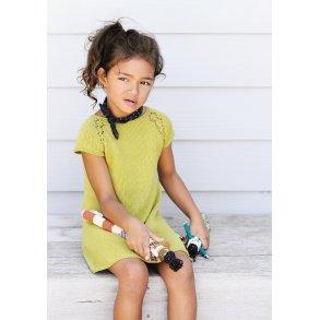 ade6d6c0899e Kyah strikkeopskrift på barne kjole - gratis PDF opskrift