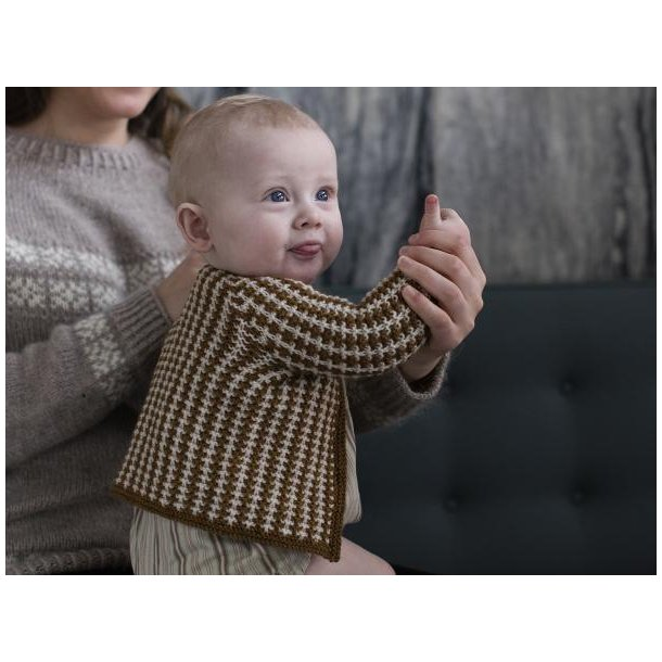 Agnete - babycardigan - gratis PDF opskrift