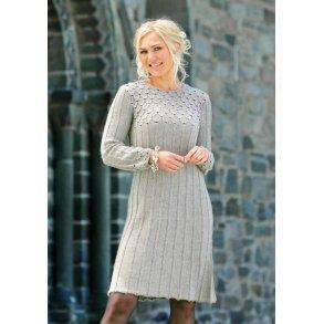 opskrift strikket kjole dame